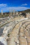 Bouleuterion ajacent από τις καταστροφές ναών Aphrodite σε Aphrodisia Στοκ φωτογραφία με δικαίωμα ελεύθερης χρήσης