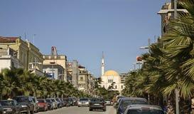 Boulevard Albanien i Durres albacoren royaltyfri bild