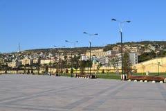 Boulevard de bord de la mer à Bakou Photographie stock