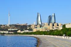 Boulevard de bord de la mer à Bakou Photo stock