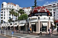 Boulevard de la Croisette在戛纳,法国 免版税图库摄影