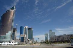 Boulevard vert de l'eau à Astana Image libre de droits