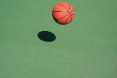 Bouncing Basketball Royalty Free Stock Photos