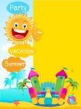 Bouncykasteel en Gelukkige Zon De zomerrust Vectorconceptenbanner De achtergrond van de zomerkeerkringen Stock Fotografie