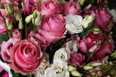 Bouquet énorme des roses Images libres de droits