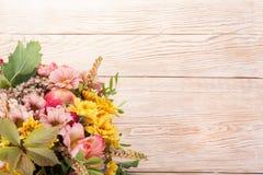 Bouquet étonnant d'automne avec des baies Images stock