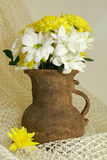 Bouquet of chrysanthemum in old vase Royalty Free Stock Photos
