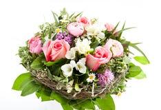 Bouquet coloré de fleur sur le blanc Photo stock