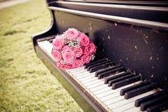 Bouquet de jeune mariée Image libre de droits