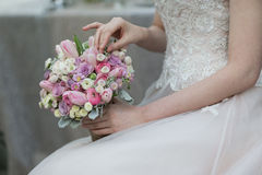 Bouquet de jeunes mariées Photos libres de droits
