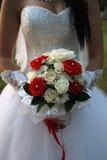 Bouquet de mariage dans des mains Photo libre de droits