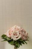 Bouquet de mariage de belles roses Photographie stock