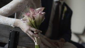 Bouquet de mariage des roses rouges clips vidéos