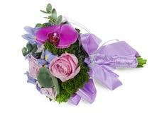 Bouquet de mariage pour la mariée des roses Images libres de droits