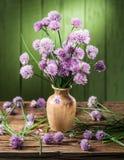 Bouquet des fleurs de ciboulette d'oignon Image stock