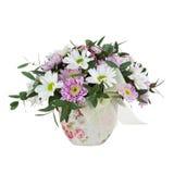 Bouquet des fleurs de Gerbera dans le vase d'isolement sur Backgroun blanc Photos stock