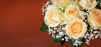 Bouquet des fleurs roses de pêche Image libre de droits