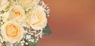 Bouquet des fleurs roses de pêche Photographie stock