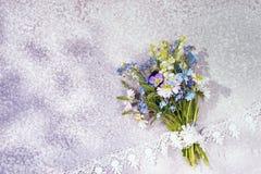 Bouquet des fleurs sauvages image stock