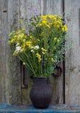 Bouquet des fleurs sauvages images libres de droits