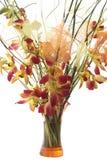 Bouquet des orchidées dans le vase. D'isolement Photo stock