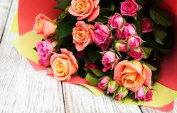 Bouquet des roses roses Image libre de droits
