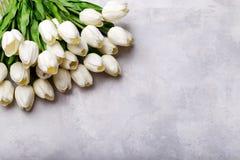 Bouquet des tulipes blanches photo stock
