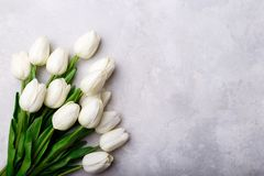 Bouquet des tulipes blanches image stock
