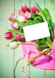Bouquet des tulipes et de la carte Images libres de droits