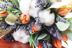 Bouquet des tulipes, eucalyptus, lavande Images libres de droits