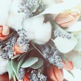 Bouquet des tulipes, eucalyptus, lavande photos libres de droits