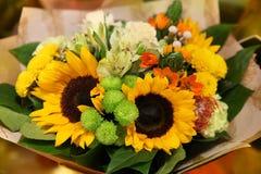 Bouquet ensoleillé des fleurs des tournesols Images libres de droits