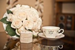 Bouquet et anneaux photos stock