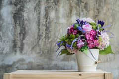 Bouquet flower in vase Stock Photography