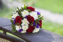 Flowers. Bouquet of flowers on the lake Royalty Free Stock Photography