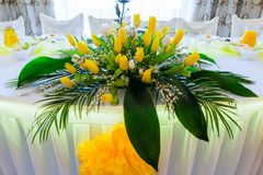 Bouquet of flowers on a wedding table - wedding floral table de. Coration stock images