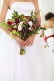 Bouquet peu commun de mariage avec les fleurs et l'houblon succulents Photos libres de droits