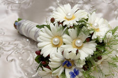 Bouquet Purl. A bride�s flower bouquet on her wedding day Royalty Free Stock Photos
