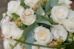 Bouquet and rings Royalty Free Stock Image