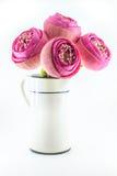 Bouquet rose plié de fleurs de lotus dans le vase Photographie stock libre de droits
