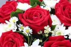 Bouquet rouge Valentine de fleur d'oeufs de poisson Images libres de droits