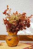 Bouquet sec dans un pot Image stock