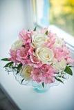 Bouquet sur un filon-couche de fenêtre Photo libre de droits
