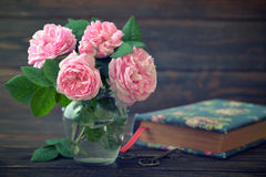 Bouquet of tea roses Royalty Free Stock Image