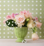 Bouquet of white and pink roses Royalty Free Stock Photos