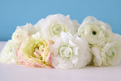 Bouquet of white rosses on wooden table Stock Photos