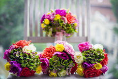 Bouquets des demoiselles d'honneur photos stock