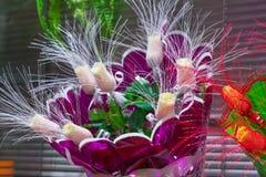 Bouquets des roses dans une boutique Photographie stock