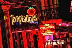 Bourbon-Straße New Orleans - erwachsener Spielplatz Stockfotografie