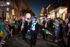 Bourbon Stree för dag för St Patrick ` s Royaltyfri Bild